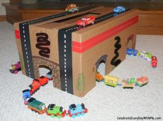 cardboard-box-tunnel
