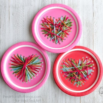 paper-plate-yarn-weaving-heart-craft