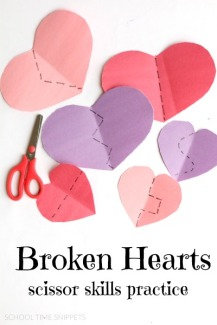 valentines-scissor-skills-fine-motor-practice