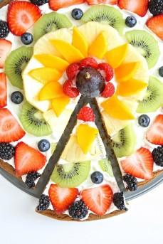 Fruit-Pizza-9-768x1152