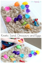 Playing-with-kinetic-sand-dinosaurs-easter-egg-pin